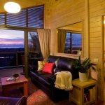 Luxury Cottage Lounge at Awatea Tasman Bay