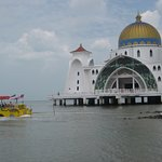 melaka duck tour that you have must try on it