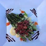 Grilled asparagus with bacon appetizer
