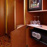 Mini-bar et Safe dans toutes les cjambres