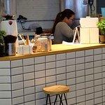 2W Cafe & Hostel Foto