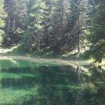 Questo laghetto lo trovate a poche centinaia di metri dal punto di partenza a piedi.