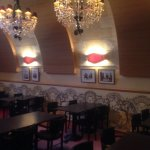 Café brasserie dont la décoration est de Christian Lacroix