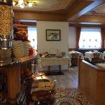 Photo de Hotel ai Zirmes