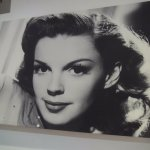 Icon Judy Garland in the bar!