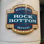 Front of restaurant signage