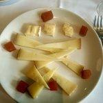 postre de quesos y membrillo