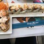El mejor sushi-Medellín, exquisitos sushi ,los mejores susheros y buenos amigos, felicitó a Andr