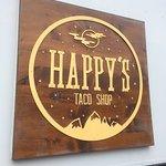 תמונה של Happy's Taco Shop