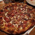Florencia Pizza Bistro resmi