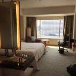 Deluxe King Room 903