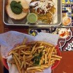 Aloo-Tikki-Bun with Masala Fries