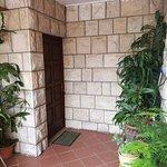Studio apartment - entrance