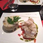 Décoration moderne et de goût, les plats sont très bons et de qualités. Le responsable est souci