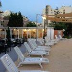 Photo de Appartamentos Club Sa Coma