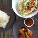 Roasted chicken with papaya salad &sticky rice