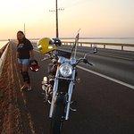 """A moto! Dona """"Onça"""", a ponte e o Paranazão!"""