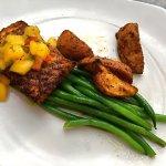 Loved this blackened salmon (split portion)