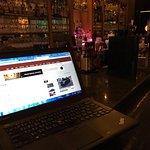 大廳酒吧 可以上網