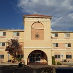 Days Inn and Suites ABQ