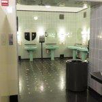 Lavabos y salas de descanso
