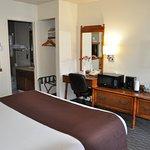 Lone Oak Lodge Room #39 - interior view