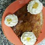 Belle isle: bananes caramélisées fruits de la passion, mangue et chantilly