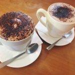 Large Cappuccino & Mochaccino
