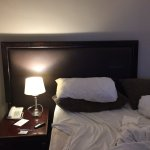 cama desplazada-habitacion404