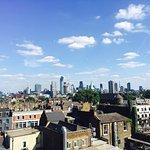 Photo de Hilton London Angel Islington