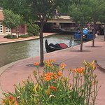 Relaxing Riverwalk.Lots of restaurants on one end. Make sure you go to opposite end and walk dow