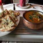 Naanbrot mit Kartoffel Curry