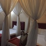 Pearl Palace Hotel Photo