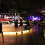 Bar et scène