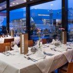 Restaurant mit Blick auf die KärntenTherme Warmbad-Villach