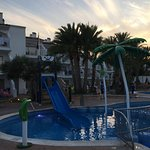 Photo de Aparthotel Playas Ca's Saboners