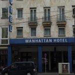 Photo of Manhattan Hotel
