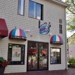 Cupcake Charlie's, Newport, RI - Exterior
