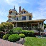 Williams Cottage Inn