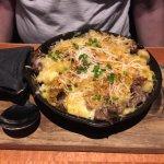 Mac n'cheese skillet prime rib