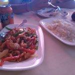 No recuerdo muy bien como se llamaba el plato de la izquierda pero estaba buenísimo