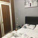 Hyde Park Suites resmi
