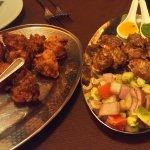 oinion bahji con salsa dulce y el cordero con dos salsas