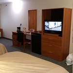 Days Inn & Suites - Niagara Falls Centre St. By the Falls