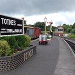 The platform and signal box at Totnes