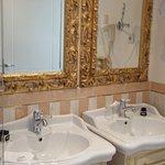 Photo of Hotel Kvarner Palace