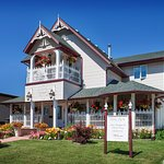 1910 Restored and renovated Bed and Breakfast. First class!