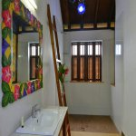 Flower Power AC suite bathroom