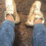 Así quedaron mis botas después de la caminada