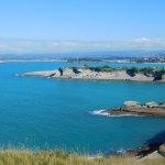 Vistas desde Cabo Mayor: acantilados de Cabo Menor, península de Magdalena, playas Santander y S
